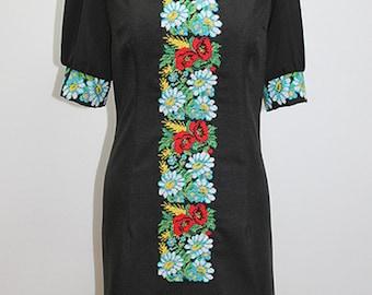 Women's dress (embroidery) ethnic Ukraine Flowers
