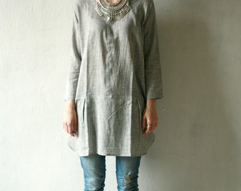 Linen tunic long sleeve with metal snap closure, variety of colors