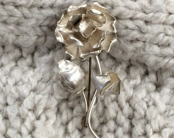 Verrrry Vintage Old Silver Flower Pin
