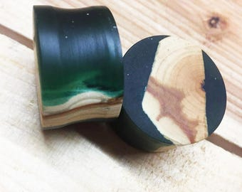 28mm - Maple wood plugs with colourful inlays