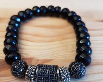 Mens bracelet, elegant 19 mixed, Onyx and zircons.
