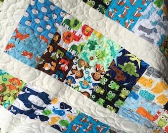 Baby boy, toddler, I Spy fabric, quilt, crib size, machine quilted, baby shower gift, birthday gift, turtles, animals!