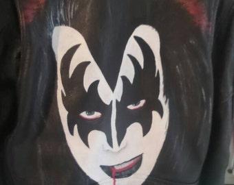 Gene Simmons/ KISS !!  Handpainted 100 % unique,  genuine leather jacket.  Mens size 50, = M / L