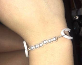 pearly white diy braclet