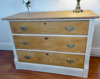 NOW ** SOLD ** Vintage Oak Chest Of Drawers