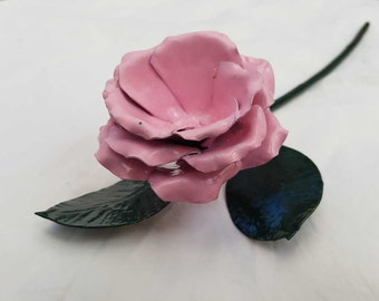 Pink rose decoration