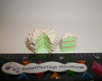 1:12 One Inch Scale Dollhouse Miniature Handcrafted Easter Pistachio Nut Dessert Cake