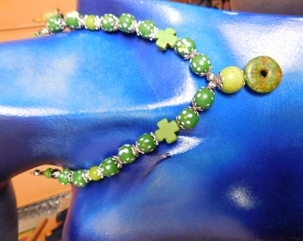 Green summer necklace