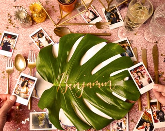 Cheeseplant leaf calligraphy place cards