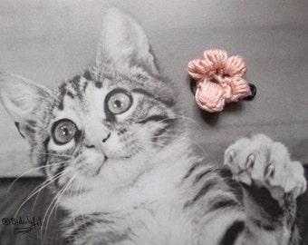 Kitten's paw, crochet brooch, kawaï, cat lover, handmade