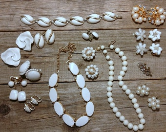 white & gold vintage jewelry lot of 15