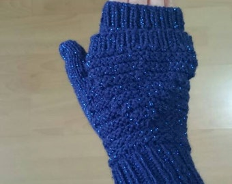 Handmaded knitted mittens blue with sparkle thread stretchable