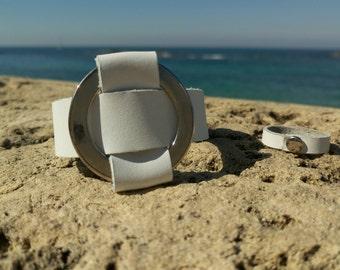 White leather bracelet & ring