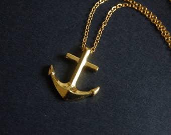 Gold tone Anchor necklace