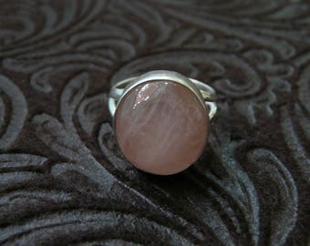 Rose Quartz Sterling Silver Ring 7
