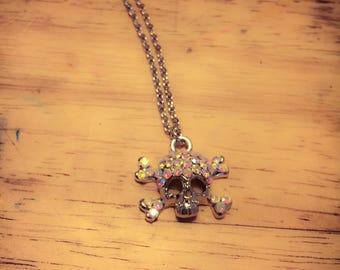 Skull with Rihnstones necklace