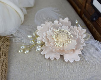 Vintage Shabby Chic Beige and Ivory hair comb headpiece wedding hair flowers bridal accessory with netting