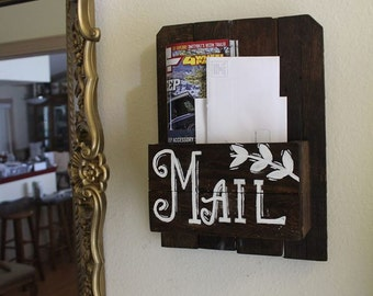 Wood Mail Holder