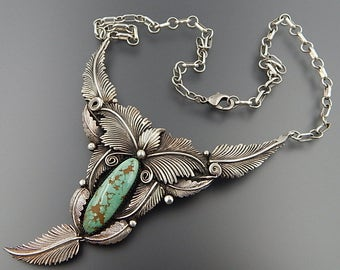 """Vintage Navajo sterling silver green turquoise feathers dangling v-shaped necklace 19.25"""""""