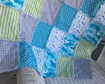 Baby rag quilt lime green, turquoise and grey