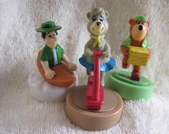 Wendy's Kid's Meal Yogi, Honey, and Mr Ranger 1990