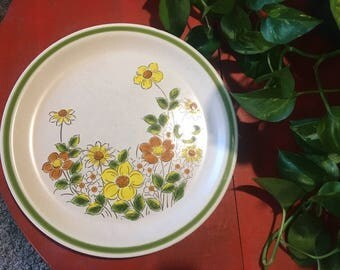 Spring Collection Stoneware Plates, Vintage Spring Garland Dining Ware, Made in Japan, Set of 10