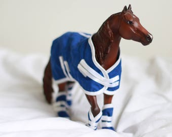 Blue Breyer Horse Rug and Leg Wrap Set - HORSE SOLD SEPARATELY