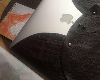 Handbag / Clutch/ Macbook Case