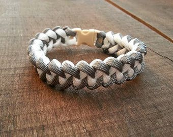 shark jaw bone Paracord Bracelet