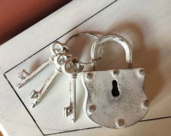 Iron Lock and key, decor shabby cottage chic country distressed white tabletop gift housewarming home entryway