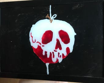 Snow White poisonrd apple