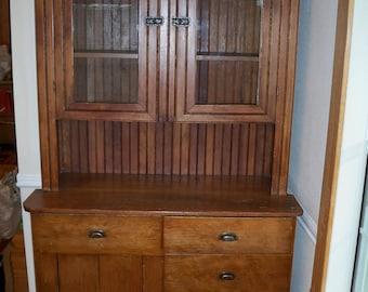 Beautiful Pine with wanescott back stepback kitchen cabinet
