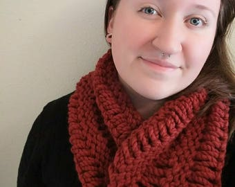 Hand Knit Chunky Cowl - Red Orange Bulky Yarn Knit Cowl Scarf Drop Stitch