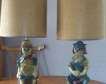 Matching Raggedy Ann and Andy lamps.