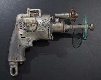 Steampunk - Diesel Punk - Sci-Fi - Fallout - Movie Prop style Gun