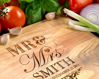 Personalised Acacia Wooden Chopping Board: Small, Medium or Large (Don't Pay RRP!)