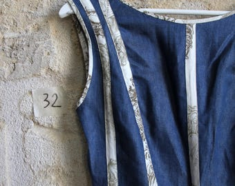 Short dress in denim details way fabric of jouy