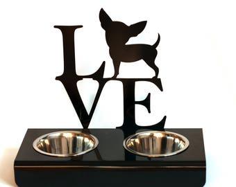 Pet feeder 'Love'