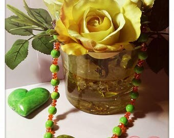 Green ceramic necklace with crystals < 3