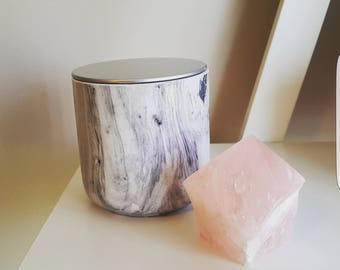 White and black gloss marble jar