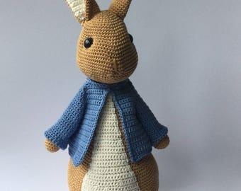 Crochet hug: rabbit