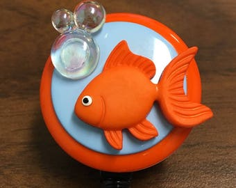 Goldfish Bowl Bade Holder