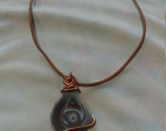 Agate and copper necklace, leather thread