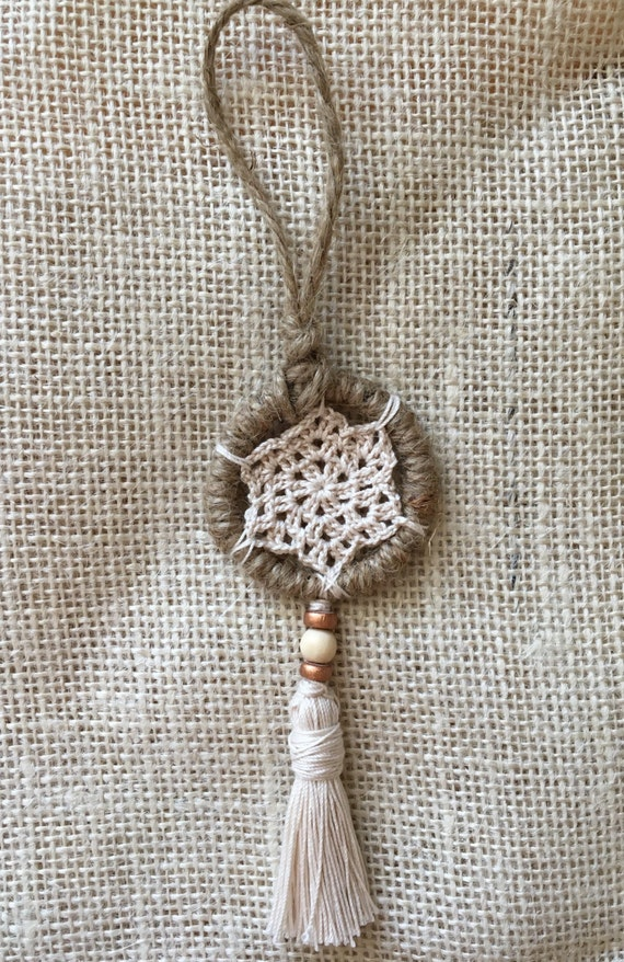 Mini Dreamcatcher Crochet and Tassel Christmas Ornament in Natural Brown/Boho Chic Holiday Decor/Mini Wall Hanging Bohemian Decor Hippie