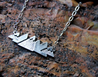 Snowy Mountain Necklace - Mountain Range Necklace - Mountain Necklace - FREE GIFT WRAP
