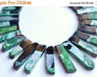 FLASH SALE The Times Square- Green and Black Agate Statement Necklace