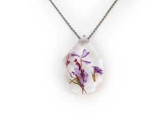 Flower Eco Resin Necklace • Nature Necklace • Resin Pendant • Terrarium Jewelry • Flower Jewelry • Science Jewelry Botanical Jewelry