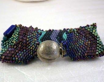 Freeform Beadwoven Bracelet, Varicolored