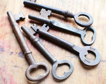 Rustic Antique Skeleton Key Set - Heart Key - Instant Collection  // Fall Sale 15% OFF - Coupon Code SAVE15