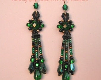 Macrame Earrings in Green and Black, Green Beaded Earrings, Fringed Earrings, Black and Green Earrings, Isabel style
